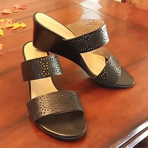 Talbots black leather sandals